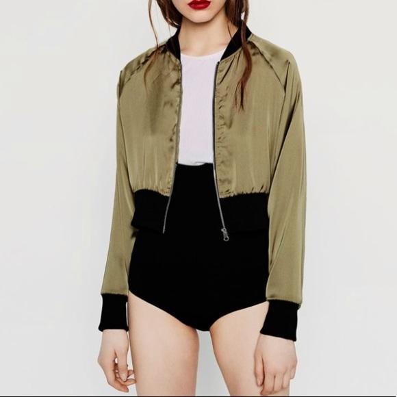 d3e5130d6 Zara Olive Green Cropped Bomber Jacket